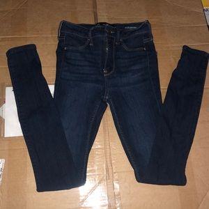 High rise juniors jeans